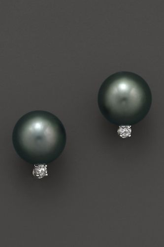 These aren't your grandma's pearls love it! #ecrafty find glass pearls at http://www.ecrafty.com/c-595-glass-pearls.aspx