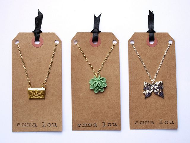 Recycled paper jewelry packaging: Simple and nice! #tag