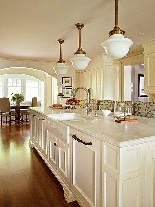25 Best Ideas About Traditional White Kitchens On