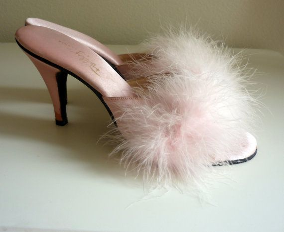 Vintage 1950s Shoes, Pastel Pink Polly of California Marabou Mule Slippers. A must for any aspiring gangster queen. #vintage #fashion