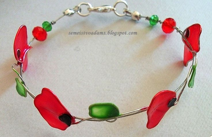Wire poppies bracelet with nail polish by semeistvoadams.blogspot.com