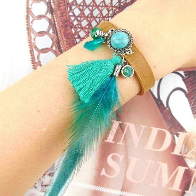 Leren Boho Armband met turkooise veer - materialen @beadsandbasics