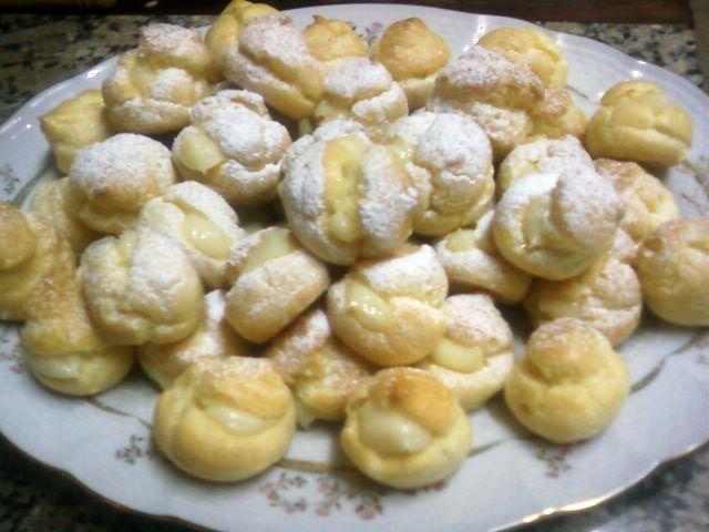Bombitas rellenas de crema pastelera