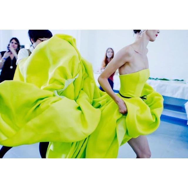 Yellow... Giallo... Amarillo: Jason Wu Spring, Wedding Dressses, Ball Gowns, Neon Green, Fashion Week, Neon Dresses, Jasonwu, Neon Yellow, Green Dresses