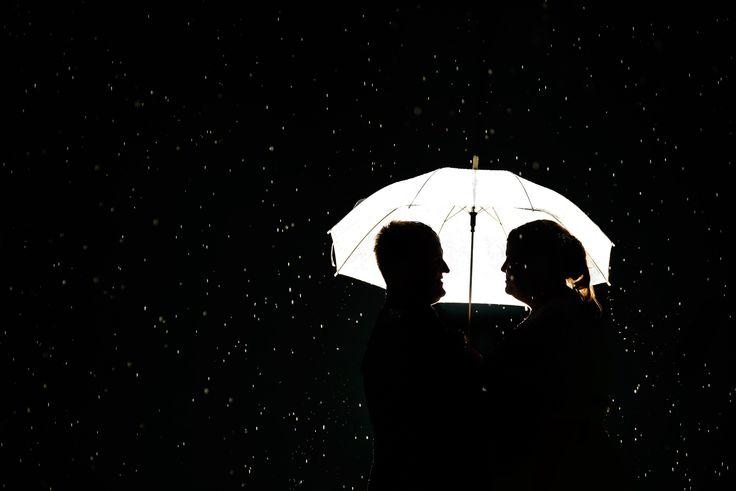 svatební foto když prší