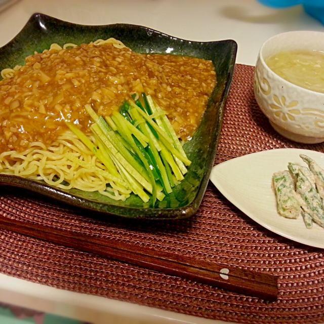 ☆ジャージャー麺 ☆オクラのマヨポン和え ☆中華スープ  ジャージャー麺が無性に食べたくて 作りました♪みきママのレシピ(*^^*) 美味しかった♡♡ - 38件のもぐもぐ - 晩ごはん by MAA13
