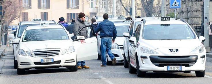 Mobilità: il Comune istituisce 5 nuovi posti riservati ai taxi in Corso Trieste e in piazza Vanvitelli a cura di Redazione - http://www.vivicasagiove.it/notizie/mobilita-il-comune-istituisce-5-nuovi-posti-riservati-ai-taxi-in-corso-trieste-e-in-piazza-vanvitelli/