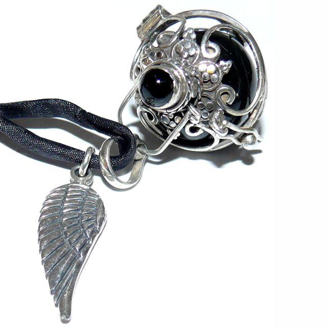 Engelrufer Onyx Edelstein mit Klangkugel schwarz und Silberflügel - Engelrufer - Cleopatra's Duft-Oase