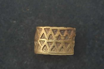 Viking gold ring / Gotland