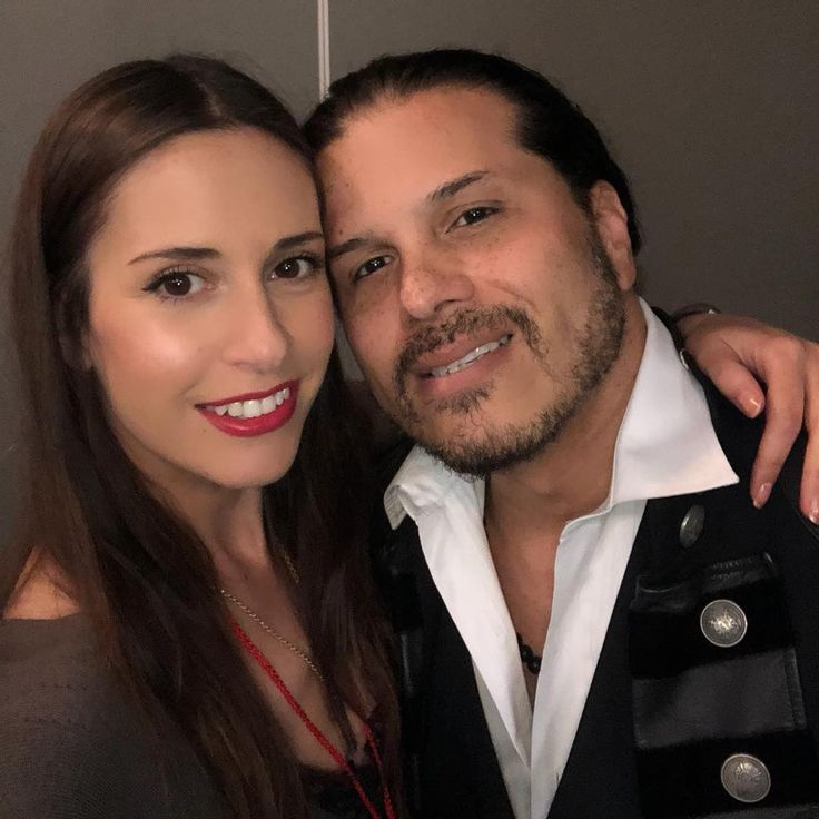 """132 kedvelés, 14 hozzászólás – Elena Grace Soto (@elenite2) Instagram-hozzászólása: """"#TSO time with my favorite singer on the planet @jeffscottsotoofficial 😍❤️"""""""