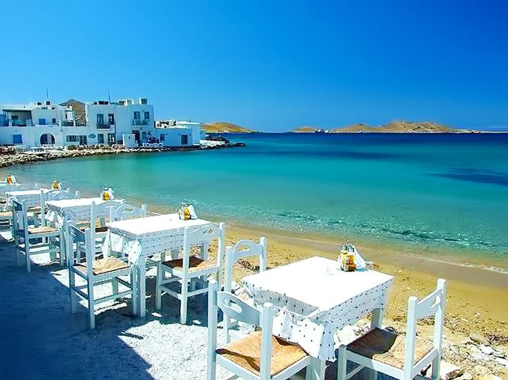 #Paros - #Food by the #sea! A relaxing view is guaranteed!