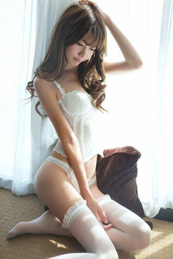 Sexy asian girls in lingerie