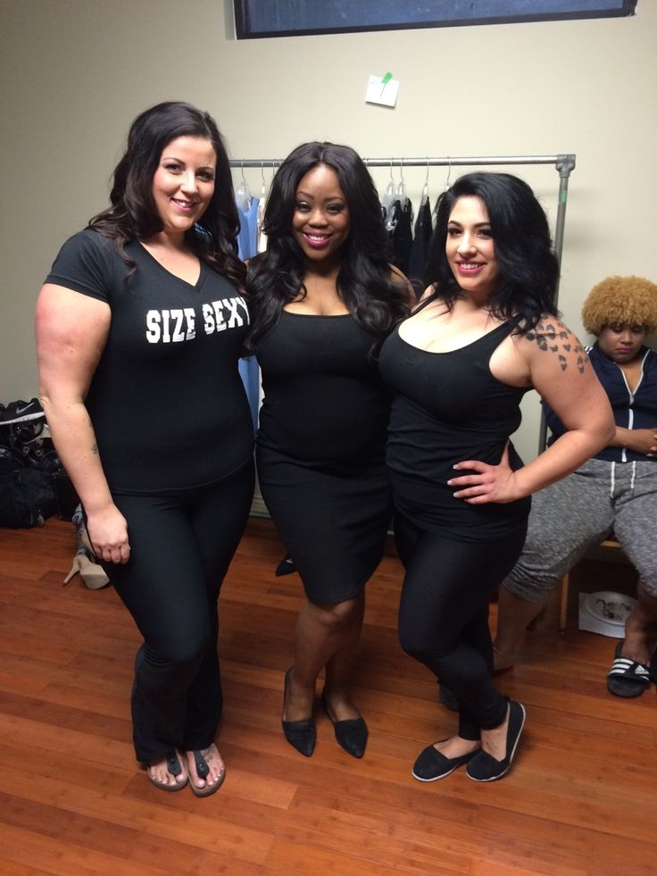 Size sexy x3 - Some of our girls waiting to walk. Sarah, Pascale and Annabelle  #montrealplusfashionweek #ibbiwoman #ibbiworld #curvyandproud #realtalk #mtlplusfw