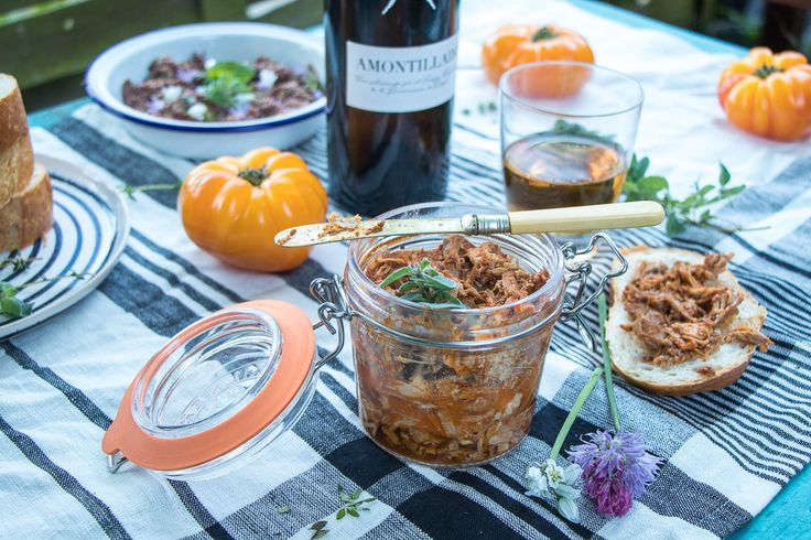 Bank Holiday Incoming! Here are 3 Great Picnic Recipes for a Sherry Picnic - Eat Like a Girl
