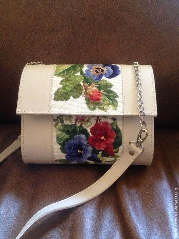 Купить Кожаная сумка с вышивкой Весенняя тропинка - бежевый, цветочный, сумка, сумка кожаная