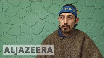 2:46  Argentina's indigenous Mapuche fight for ancestral