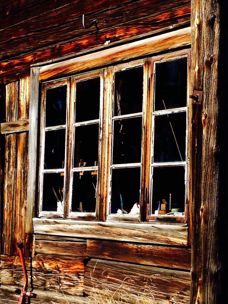 Utigårdens fönster - höst 2015 Ängersjö