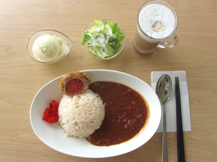 Cafe & Beer のんスタ: 北本トマトカレーのドリンクセット