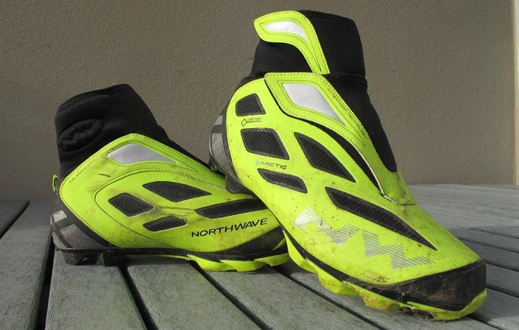 Keep Your Toes Cozy with These Stellar Winter Mountain Bike Shoes:  Northwave Celsius Arctic 2 GTX #cyclingshoes