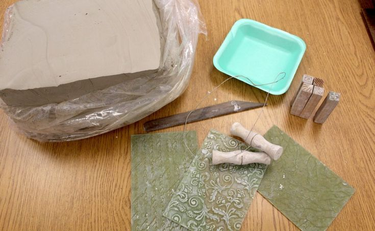 A One-Day Clay Project Easy Enough to Do From a Cart
