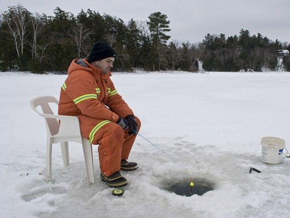 Fishing in Canada.  Funny-Fishing-Pictures-23