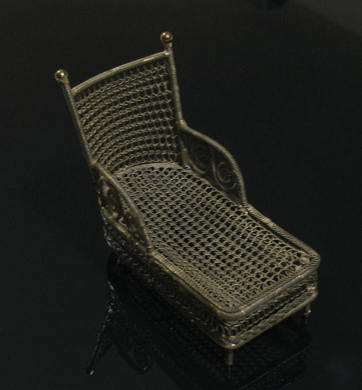 17 best images about mon bric brac on pinterest donald o 39 connor wood - Chaise longue montreal ...