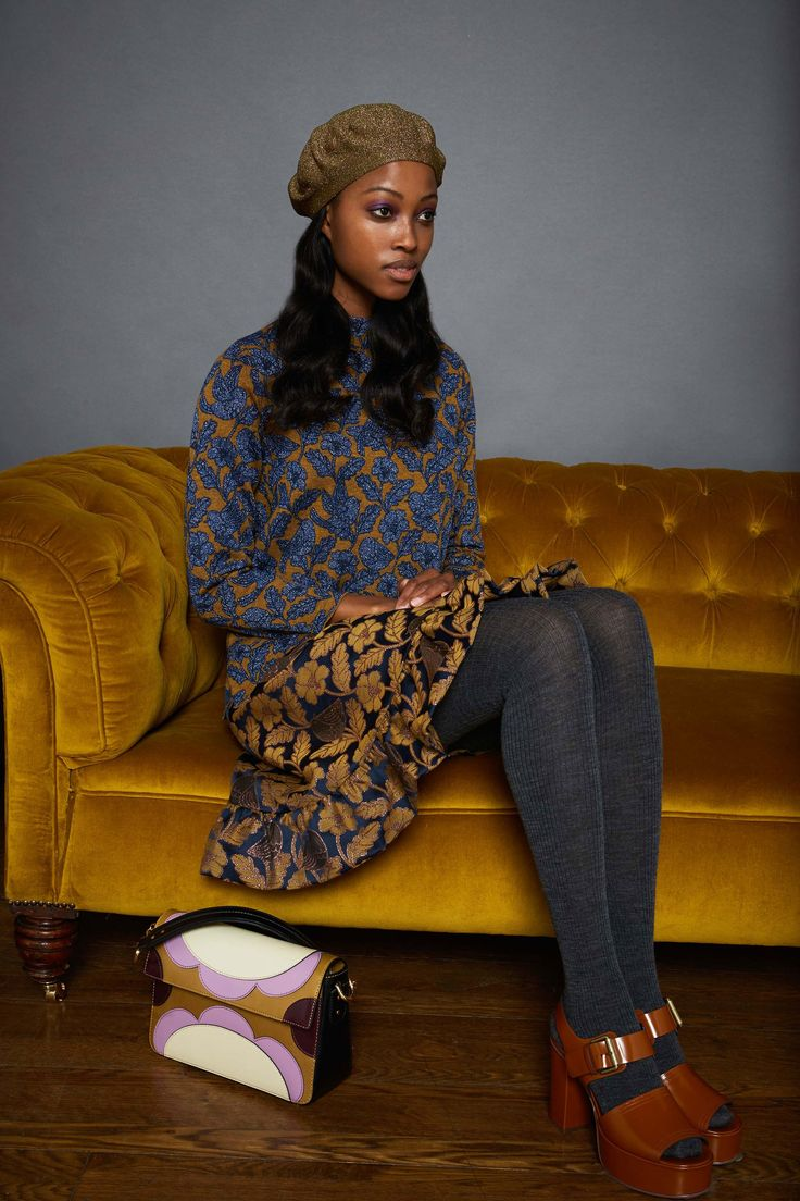 http://www.vogue.com/fashion-shows/fall-2017-ready-to-wear/orla-kiely/slideshow/collection