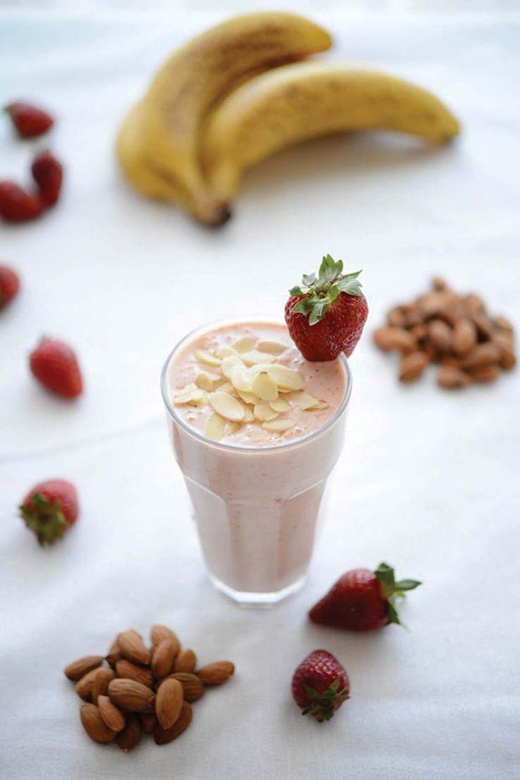 Banana Berry Almond Protein Smoothie