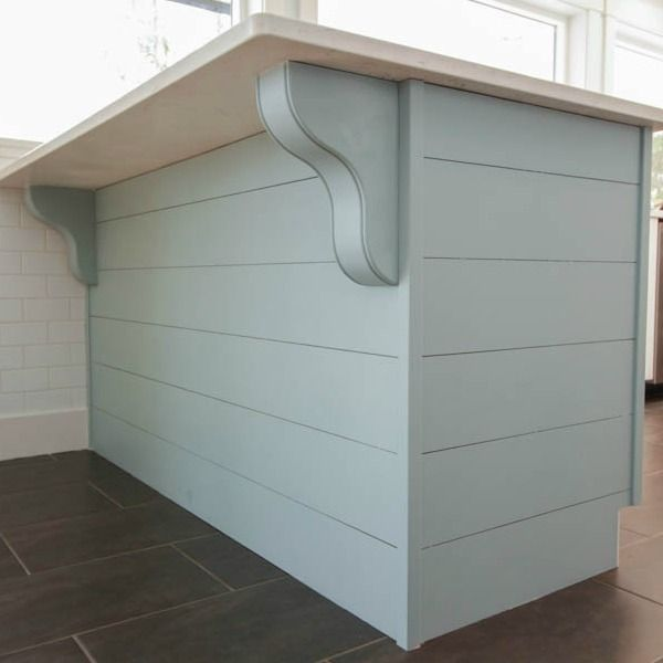 How to clad a peninsula in horizontal planks and add corbels at thehappyhousie.com-square