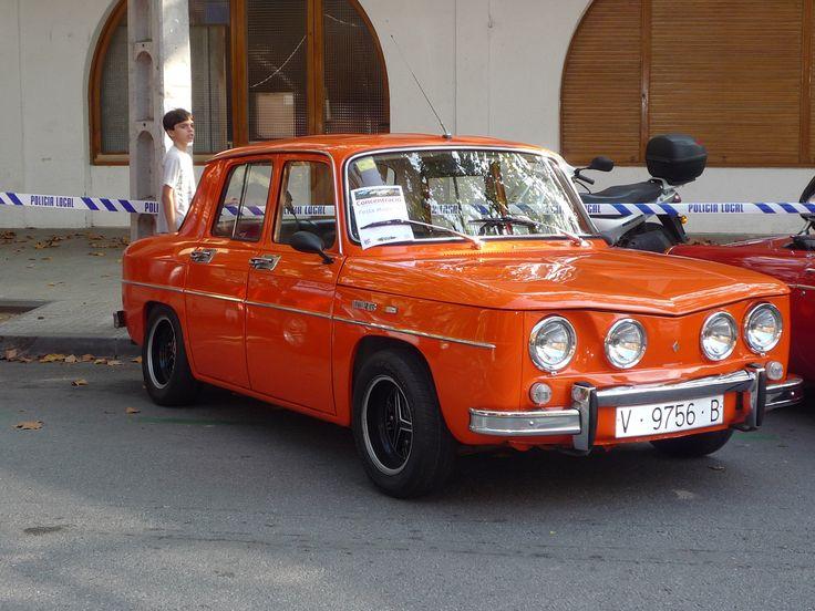 Economies més modestes? L'autèntic R8 de Renault.....quin classic de la carretera!!