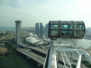 Singapore Flyer by Joanna Łukasiewicz