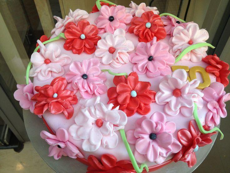 Τούρτες Γενεθλίων - Λουλούδια! #sugarela #TourtesGenethlion #louloudia #flowers #BirthdayCakes