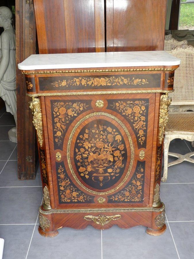 Meuble D Appui D Epoque Napoleon Iii Antiquites Henriot Proantic Mobilier De Salon Plateau En Marbre Napoleon Iii