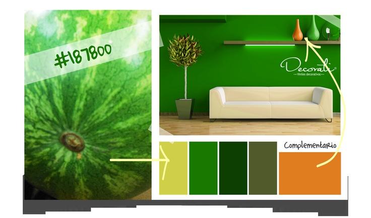 Combinación en tonos verdes y el complementario naranja
