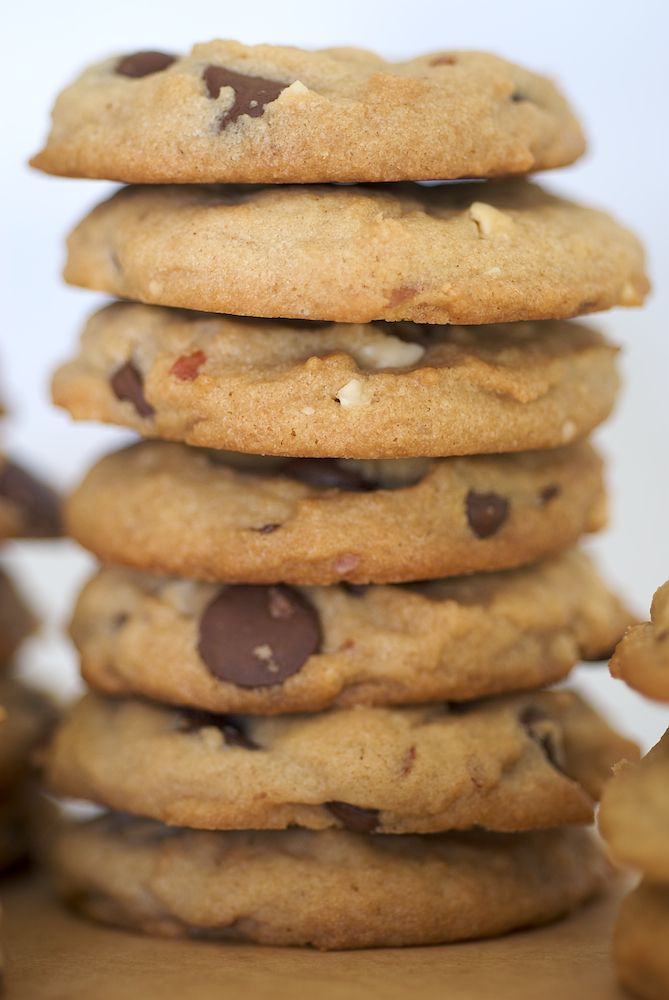Chunky Peanut, Chocolate, and Cinnamon Cookies are a delicious ...