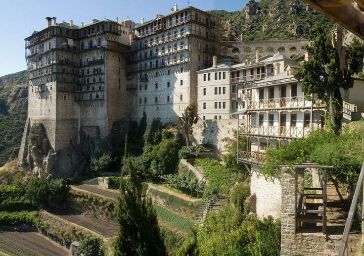 TRAVEL'IN GREECE I Mount #Athos: The Monastery of Simonos Petras, #travelingreece