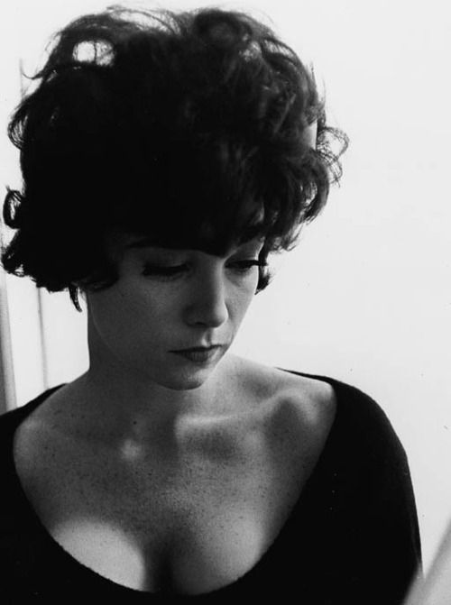 Shirley MacLainePhillip Halsman, Beautiful Women, Philippe Halsman, Black White, Movie Stars, Icons, 1962 Philippe, Beautiful People, Shirley Maclaine