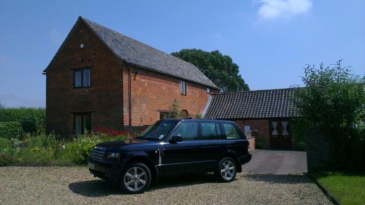 Range Rover Vogue SE...best car ever!