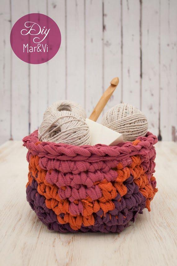Cómo hacer un cesto de trapillo con rayas chevron #crochetxxl #reuse #tshirt