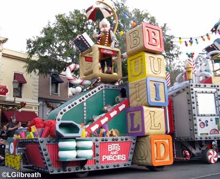 I love seeing all the different parade floats ! & 45 best Parade Float Ideas images on Pinterest | Christmas parade ...