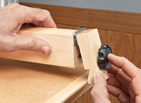 Easy-To-Build Drill Press Table | Woodsmith Plans