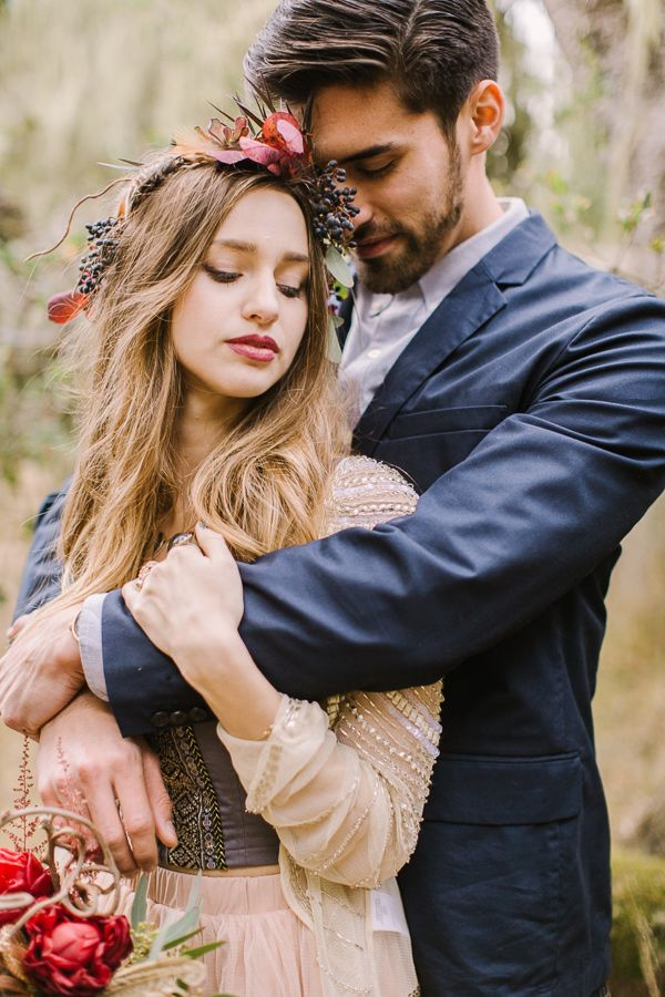 #knotsandhearts | bohemian wedding, photo by Danielle Poff