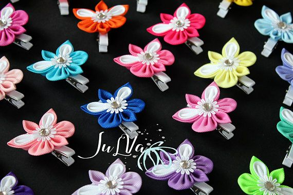 Butterfly hair clip.Girl's clip with butterfly.Kanzashi