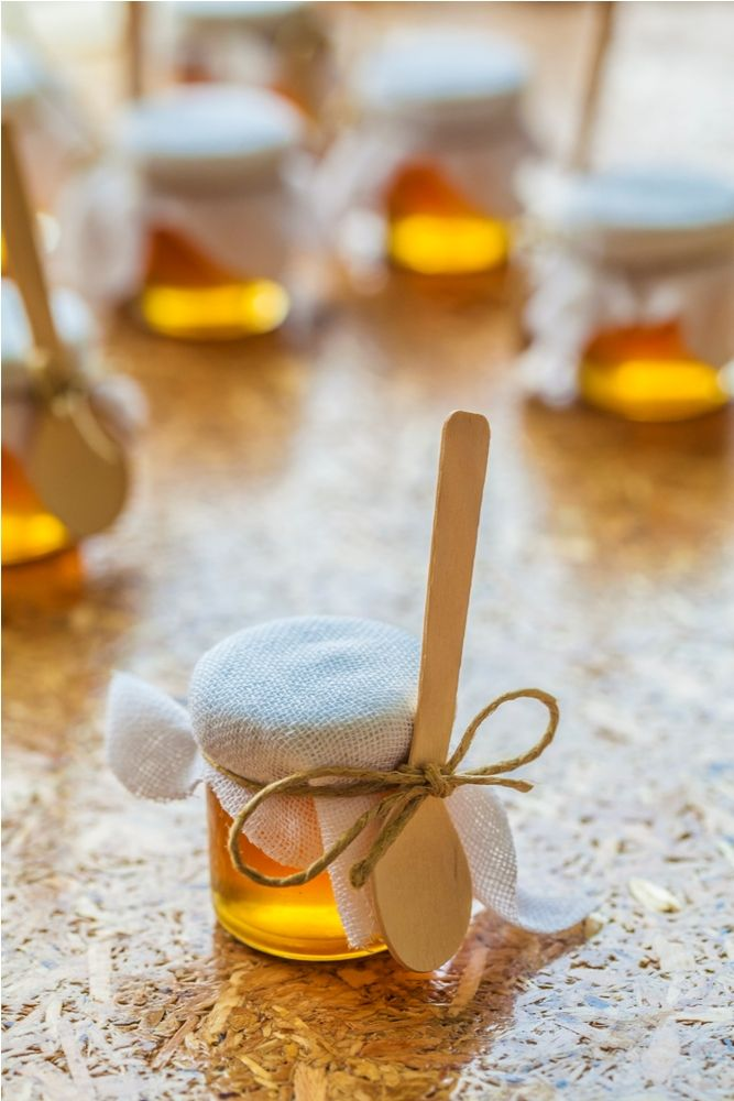 Μπομπονιέρες που στάζουν μέλι από το Deli Cargo!