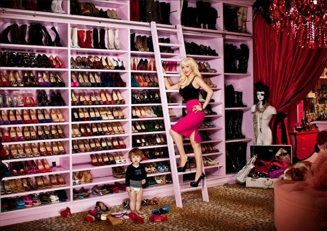 YouQueen magazine is presenting you something new that you girls will go crazy for. It's the every girl's dream - enourmously big closet, in our case, it's the endless shoe-shelf. It's even bigger than Carrie Bradshaw's. Check it out here: http://youqueen.com/shoe-shelf/