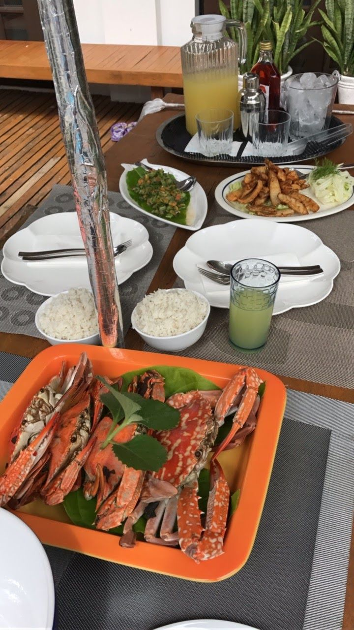 Fresh seafood in Legaspi, Donsol Bay. Philippines for 2 weeks. Things to Do Day by Day Itinerary.