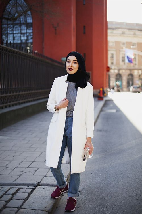 Fashion With Faith By: Langston HuesStockholm,... - MODEST STREET FASHION #tesettur #basortusu #sal #abiye #ferace #moda #hijab #hijabstyle #hijabfashion