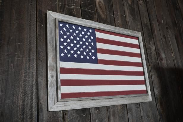 If you want to hear patriotic songs, whether openly saluting the military or just extolling the virtues of everyday life in America, country music is a great place to start. The tunes that made it on our list of the 20 Greatest Country Patriotic Songs are by some of country's most influential artists, and these patriotic tunes are among their most enduring.