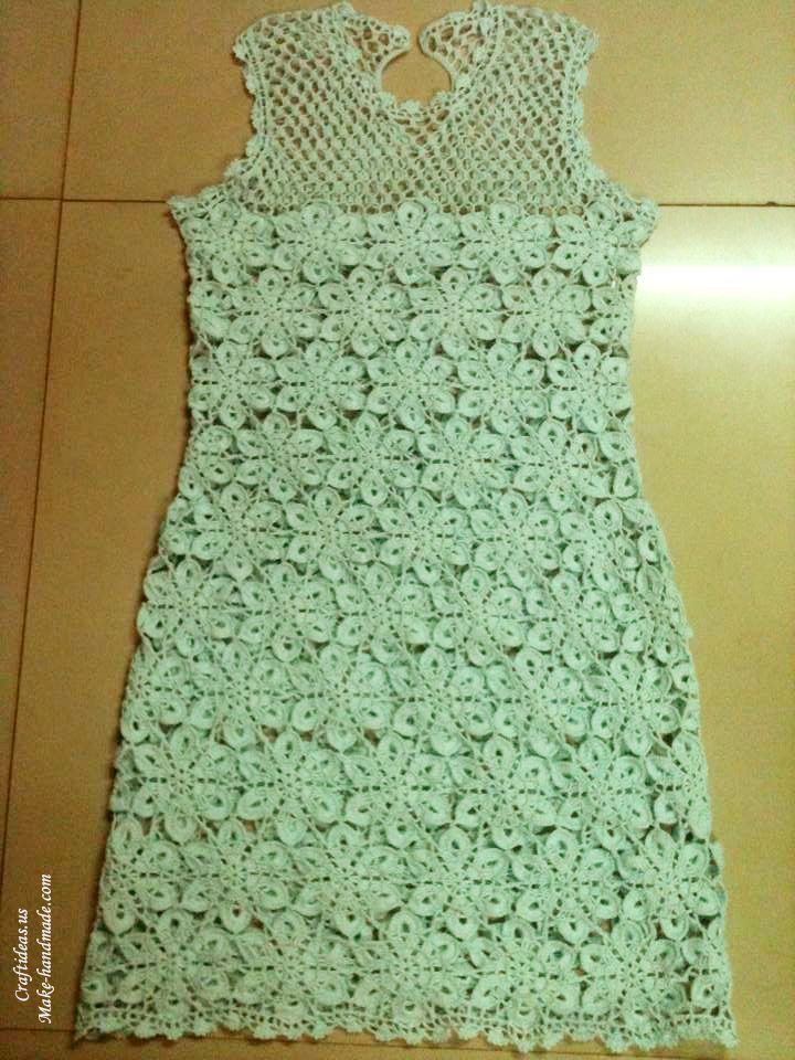 Crochet dress for flower motives