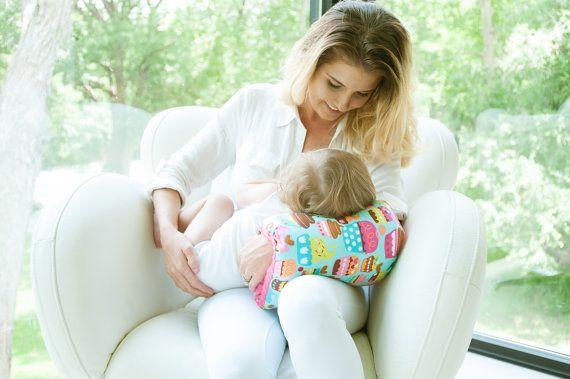 Nursie Breastfeeding Support Pillow/ PATENT by FromMeinhartToYours